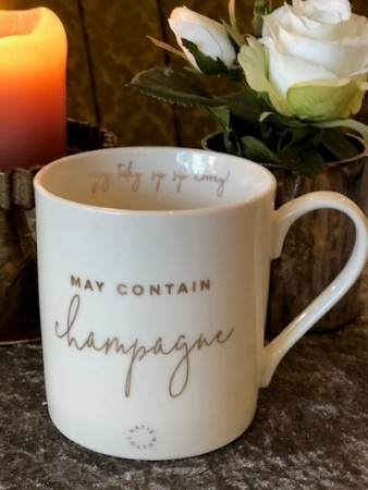 """May contain champagne"" krus fra Katie Loxton"